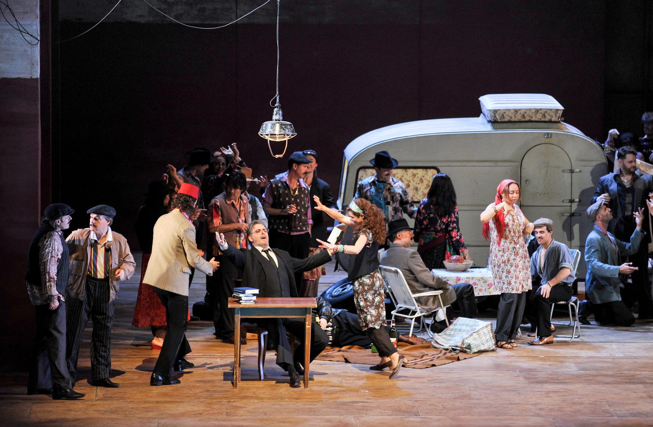 El Teatro Arriaga presenta la programación 2013 - 2014