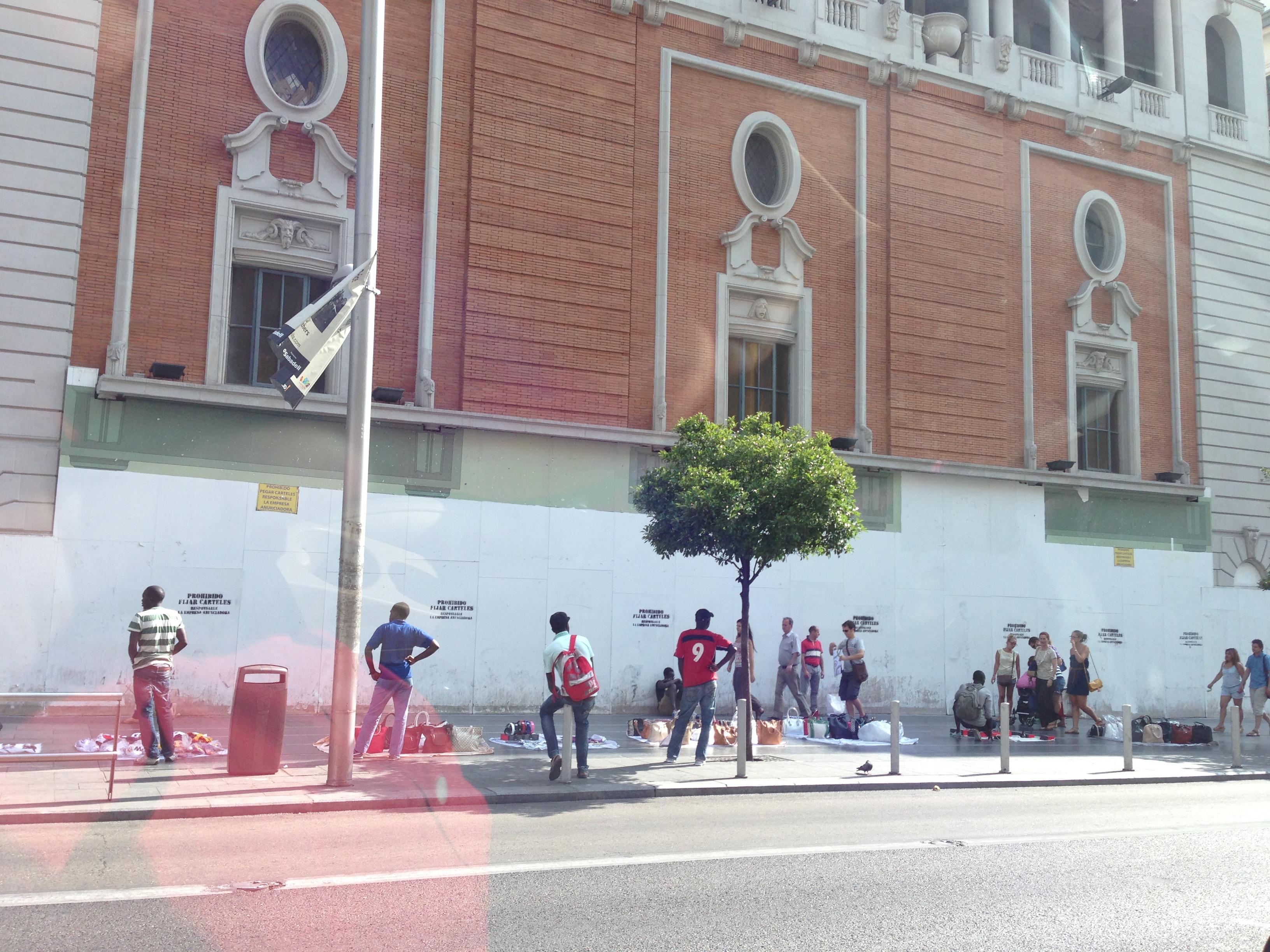 Vergüenza ante el Palacio de la Música madrileño