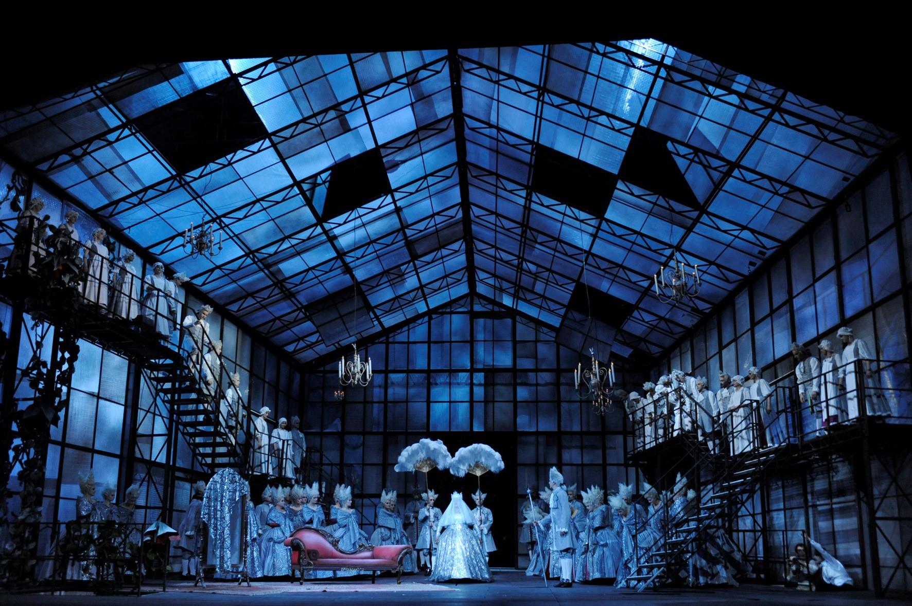 CRÍTICA: Una ópera agradable sobre un cuento divertido [Svanda (J. WEINBERGER)  Semperoper de Dresde. 27 Enero 2014.]