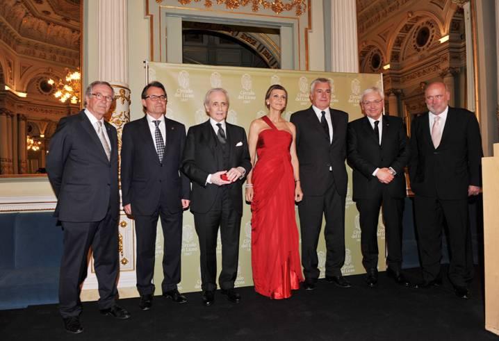 El Círculo del Liceo entrega su Medalla de Oro a Josep Carreras
