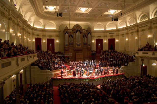 Al Concertgebouw no le preocupa no tener director titular