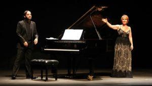 María Bayo y Rubén Fernández Aguirre, jurados del Concurso