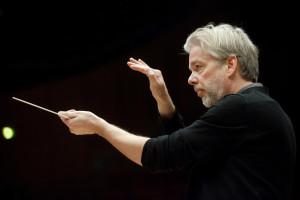 Jukka-Pekka Saraste wŠhrend der Proben zu den Konzerten am 8.+9.11.2009 in der Philharmonie Kšln mit dem WDR-Sinfonieorchester D-Kšln 9.11.2009