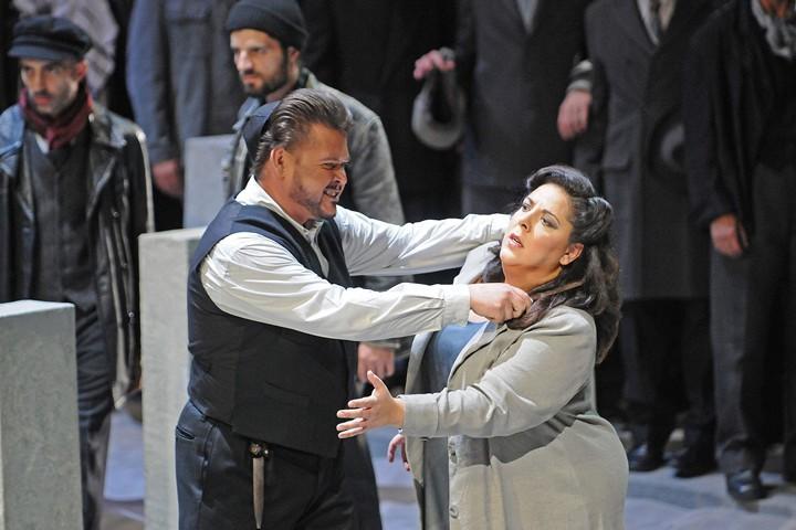 Liceo: Los dos repartos de Nabucco