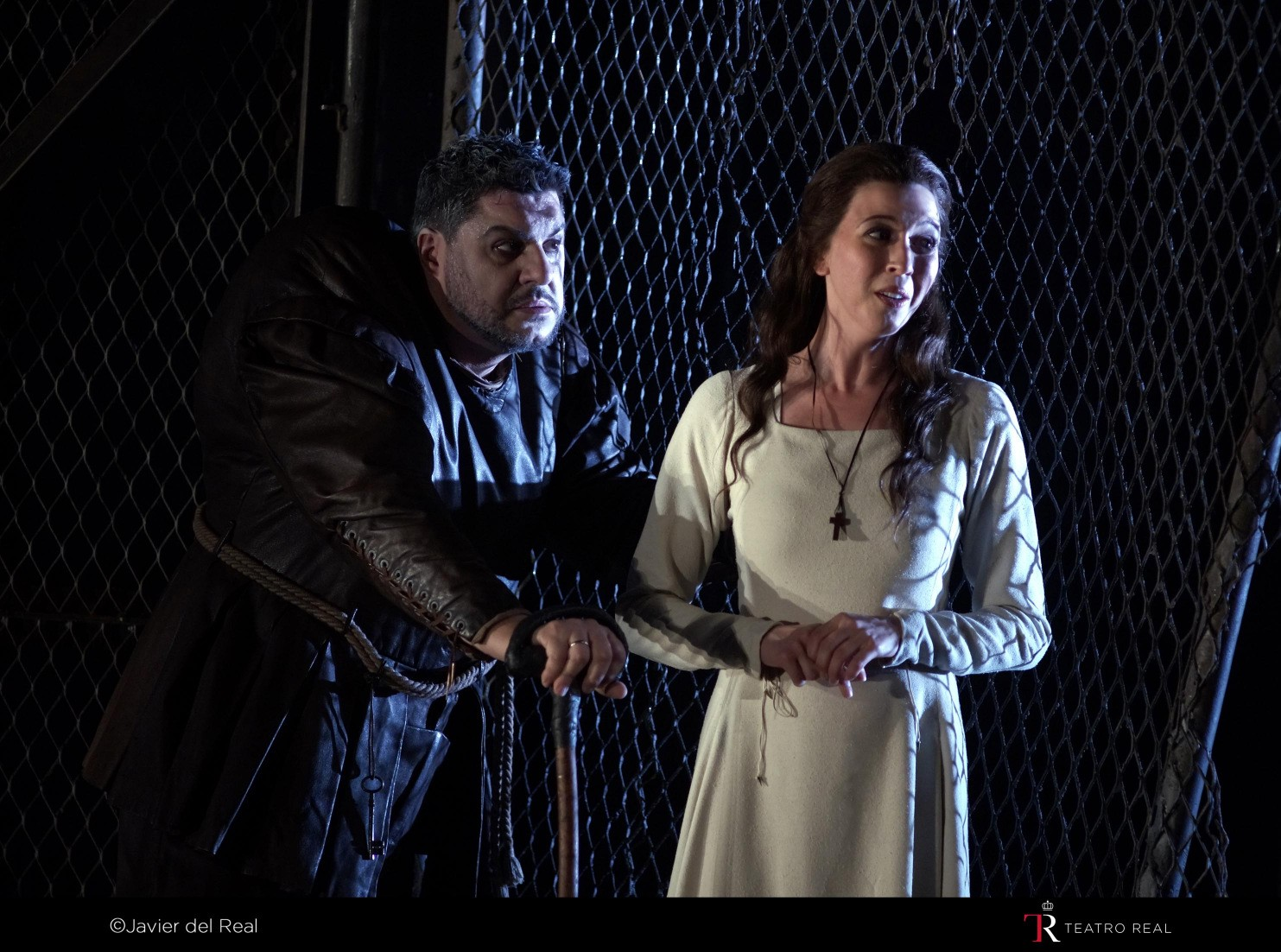 RIGOLETTO. T. REAL. 2015. REP. 2_page5_image3