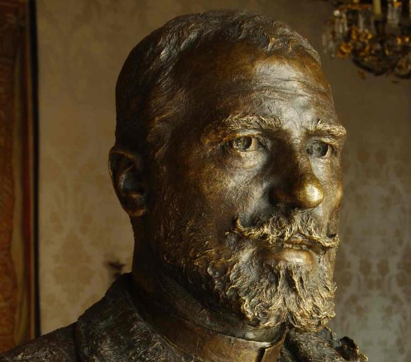Más líos con el busto a Gayarre de Benlliure