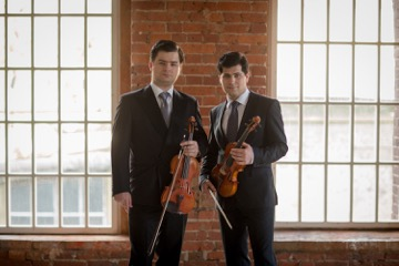 Ivan y Mikhail Pochekin (c)Soc iedad Filarmónica de Moscú