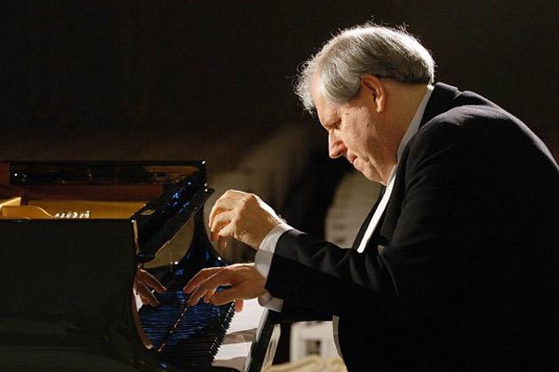 Crítica: Sokolov, pianista orquesta