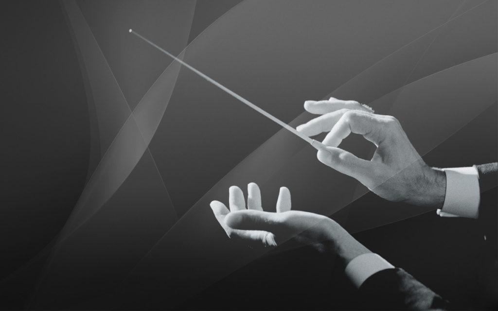 manos director orquesta