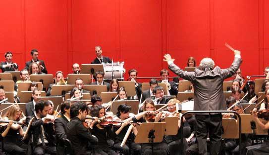 Pilar Jurado y la Orquesta Sinfónica Verum en el Canal