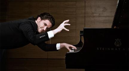 Eduardo Fernández, integral de los preludios de Scriabin en la Quinta de Mahler