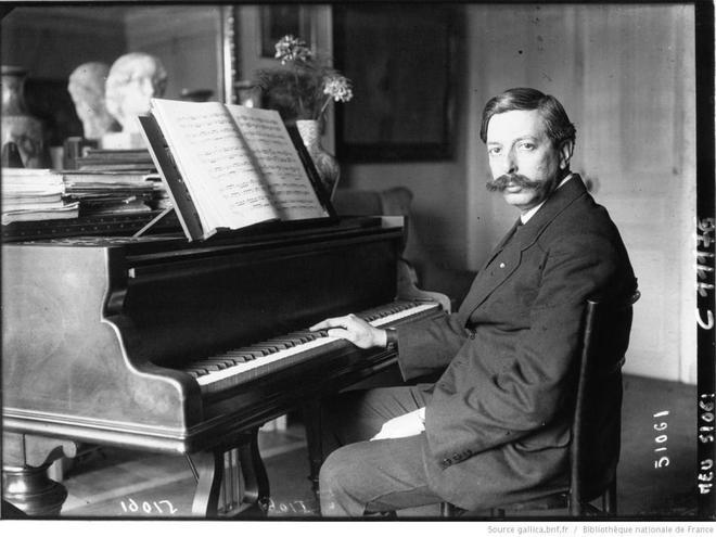Enrique-Granados-piano