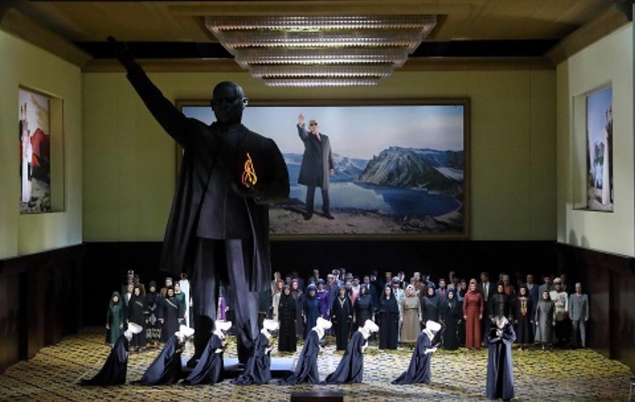 Agenda de LQM: Continúa el cineclub de LQM. Presentacion de PLAYPHONIA