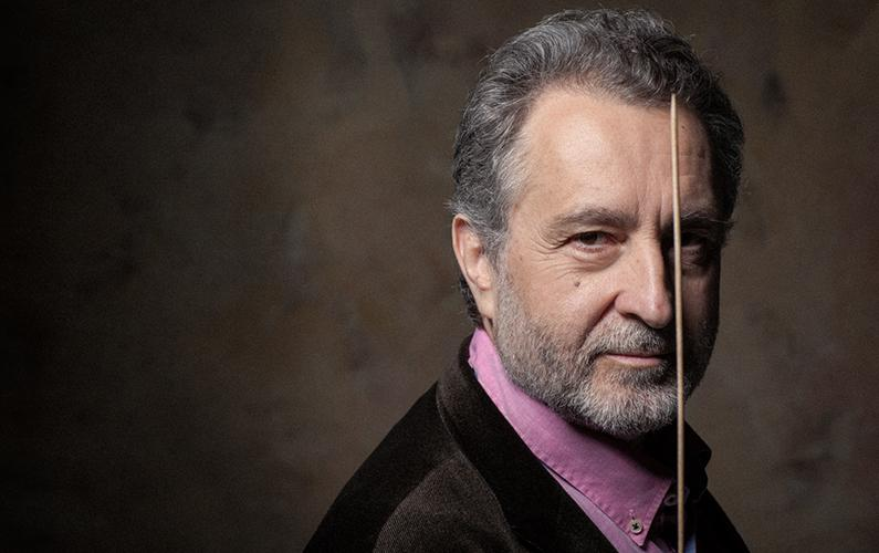 Josep Pons dirige un Anillo sin palabras