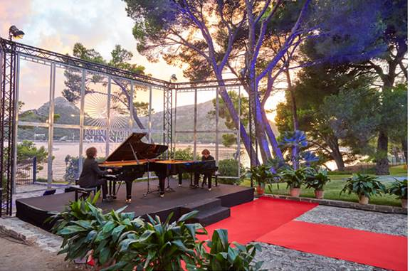 Dúo del Valle cerró el Ciclo de Cámara de Formentor Sunset Classics