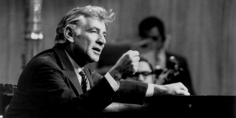 Leonard Bernstein, entra en su centuria