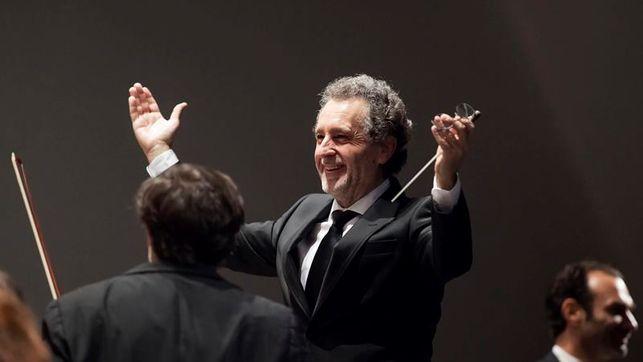 Josep Vicent dirige la Sinfonía Leningrado en el ADDA