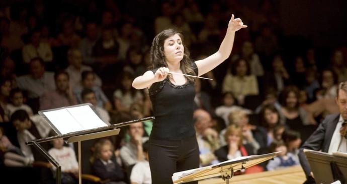 Quinta de Mahler: el Dúo Cassadó presenta Rojo