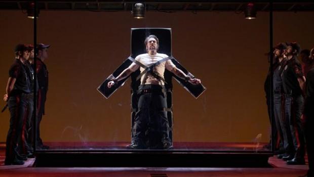Un muerto, hecho ópera, que realmente camina