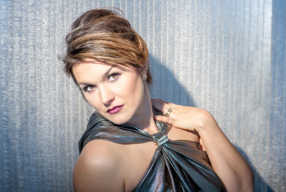 La soprano Olga Peretyatko-Mariotti visita España