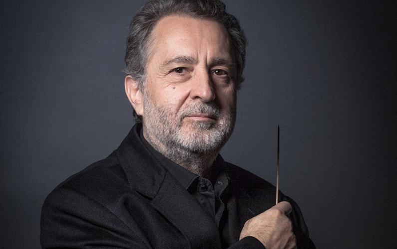 Josep Pons se adentra en el repertorio eslavo en el Liceo