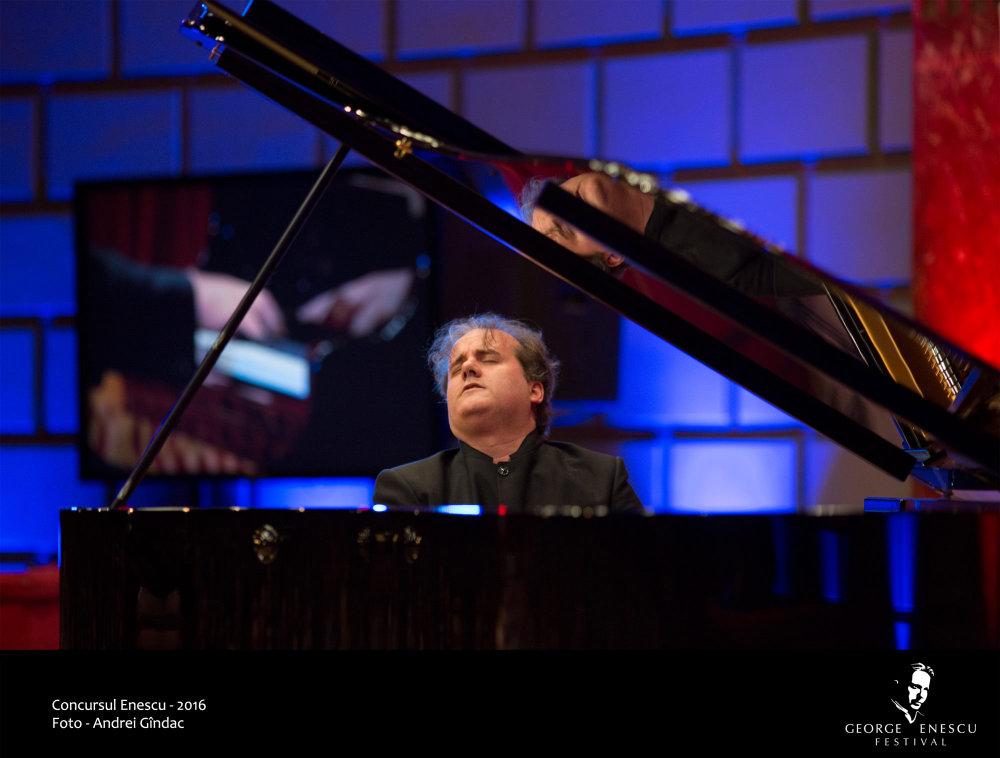 Entrevista a Josu de Solaun, el pianista sin miedo (II)