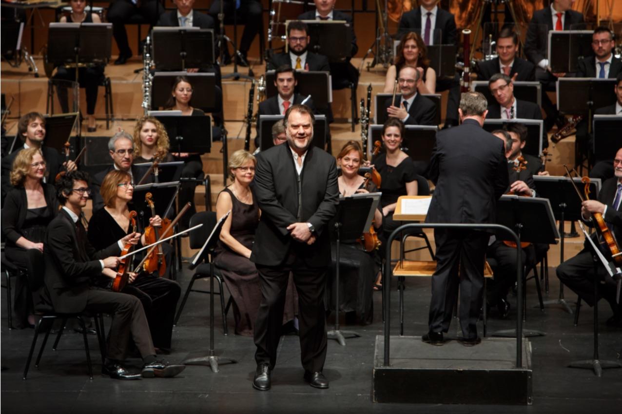 La Orquesta Sinfónica de Baleares afina en catalán
