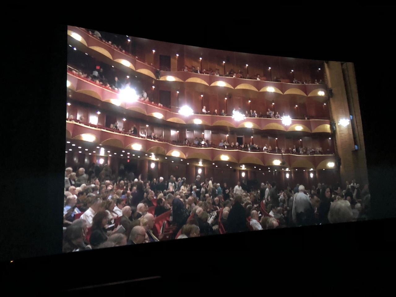 Ópera, ¿en vivo o en cine?