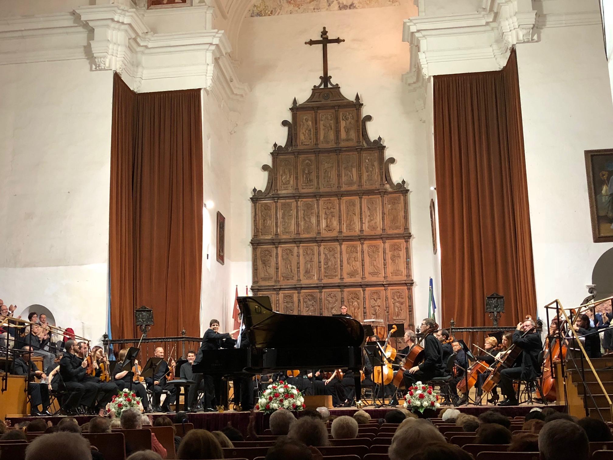 Rattle se despide de la Filarmónica de Berlín con Brahms