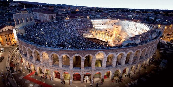 La peculiar situación administrativa de la Fundación Arena de Verona debe hacer frente a 34 millones de deuda