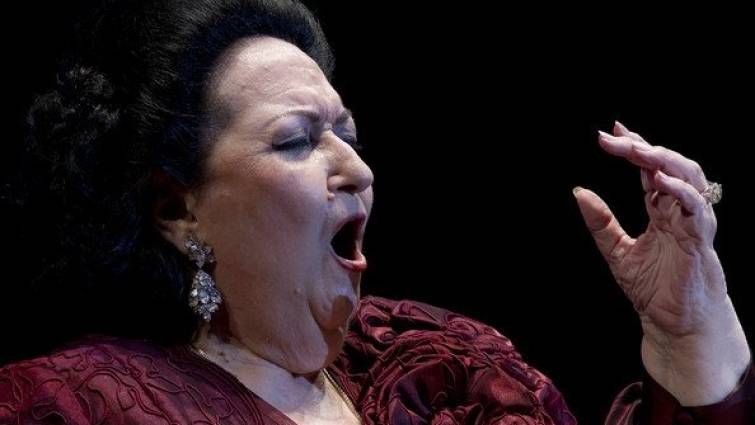 Montserrat-Caballé-cantando