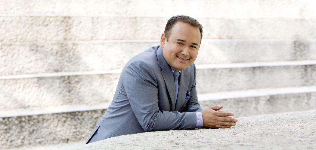 Javier Camarena reivindica hablar de las lesiones que sufren los cantantes de ópera