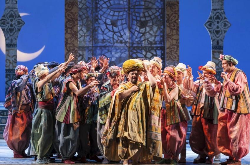 Critica: Hippolyte et Aricie, música contra escena
