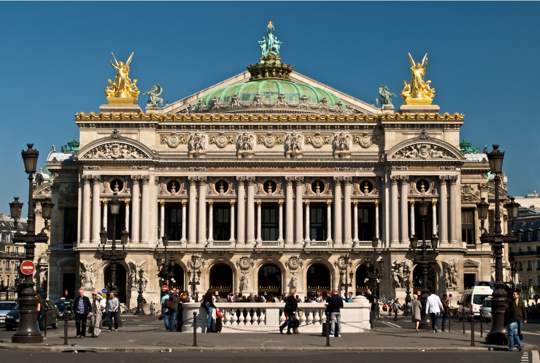 La Ópera de París busca nuevo director
