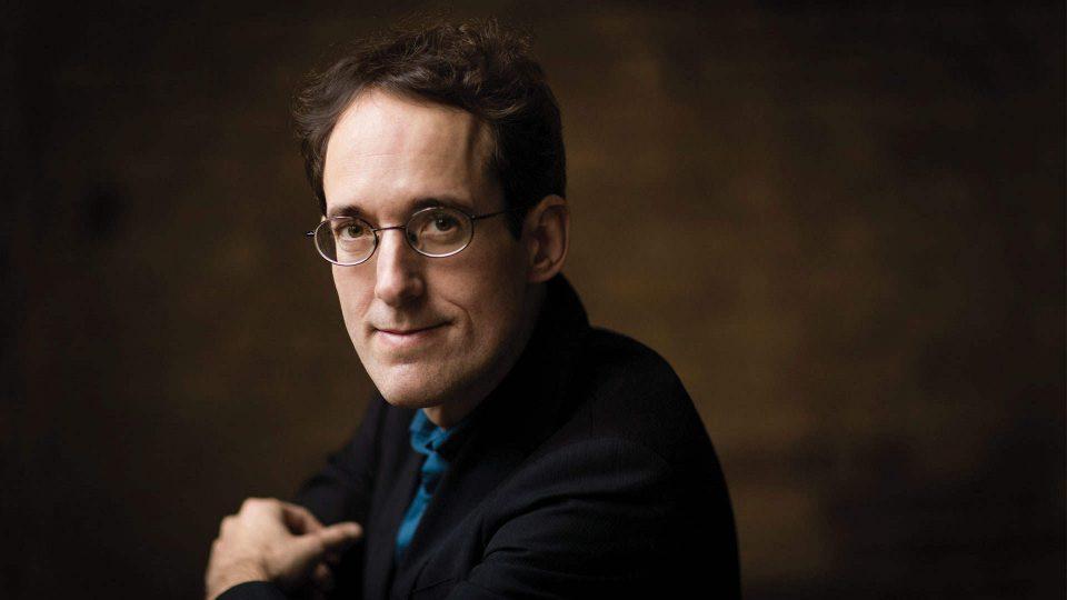 Pablo González dirige la Tercera y Cuarta Sinfonía de Schumann con la Orquesta RTVE