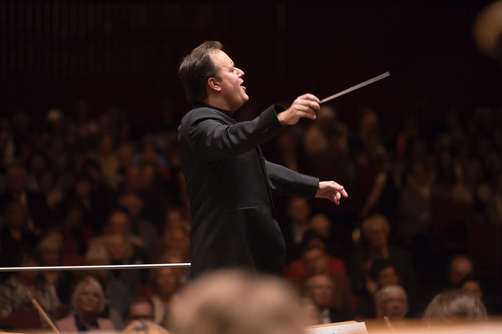 Maxim Rysanov debuta junto a la OFGC en un programa homenaje a Beethoven