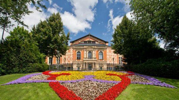 Bayreuth se rusifica con Valeri Guérguiev y Anna Netrebko