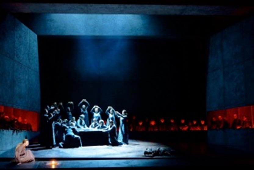 escena-il-trovatore-teatro-real