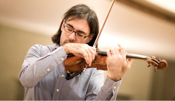 Crítica: Kavakos en La Filarmónica: desigual desdoblamiento