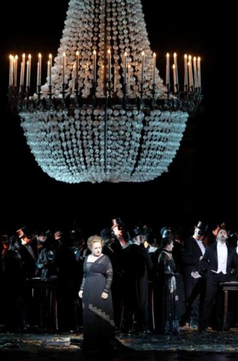 escena-la-traviata-festival-munich-2019