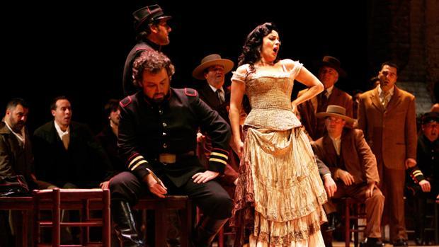 Sevilla, musa y ciudad de la ópera