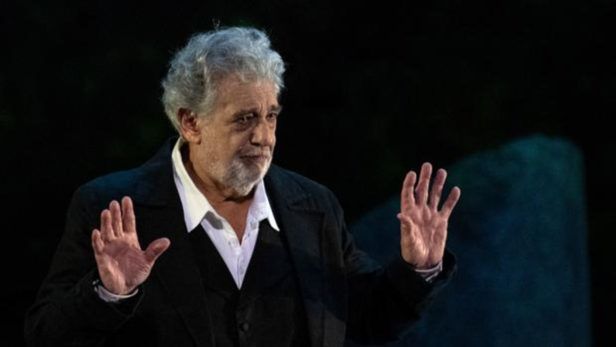 Placido-Domingo-manos-limpias