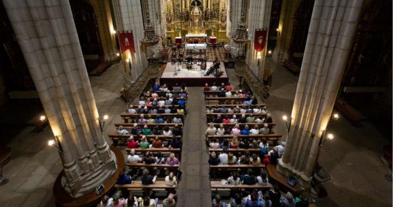Critica: Una amplia selección del Mesías en Estella