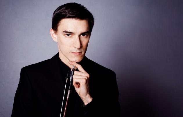 Sergey Malov, director y solista con la Orquesta Ciudad de Granada