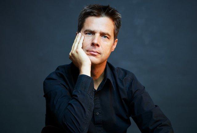 Steffens dirige la Novena de Beethoven en la Filarmónica
