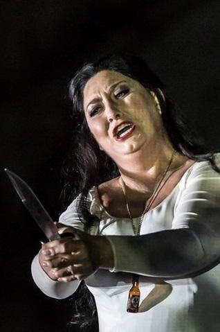 anna-pirozzi-nabucco-les-arts
