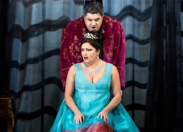 Los videos de Tosca en la Scala con Netrebko