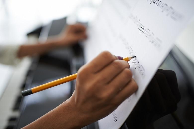 Andrew Goulay deja la titularidad de la Orquesta Sinfónica de Castilla y León