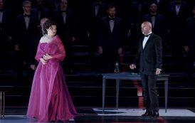 Críticas en la presa a La Traviata en el Teatro Real