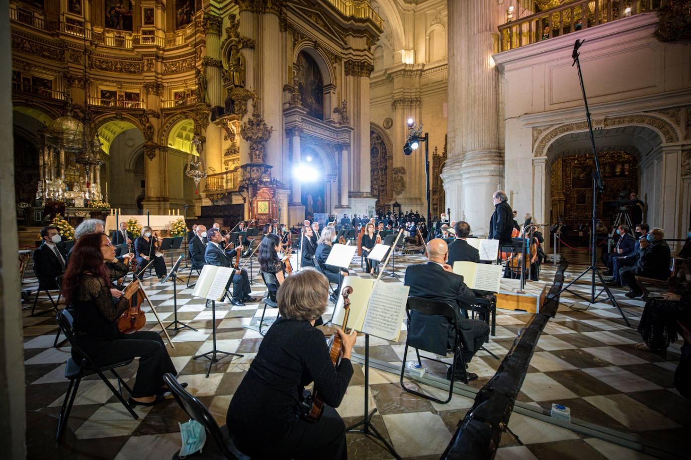Critica: De lo adusto a lo lírico. Hengelbrock en Granada, otro punto de vista